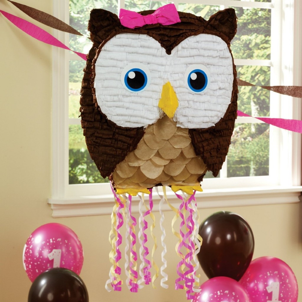 Best owl themed birthday party decorations for Decoration pinata